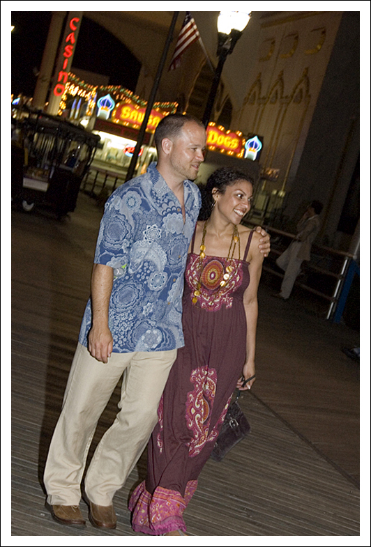 Atlantic City Boardwalk Engagement Session by Wiselyn Photography